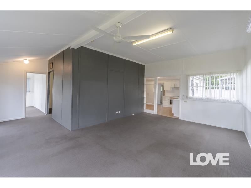 11 George Street, Marmong Point NSW 2284, Image 1