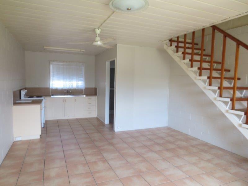 2/19 Thornber Street, North Mackay QLD 4740, Image 1
