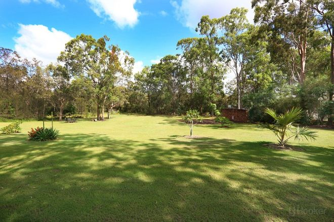 Picture of 30 Riverdowns Crescent, HELENSVALE QLD 4212