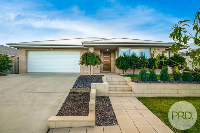 Picture of 18 Ross Parkway, GOBBAGOMBALIN NSW 2650