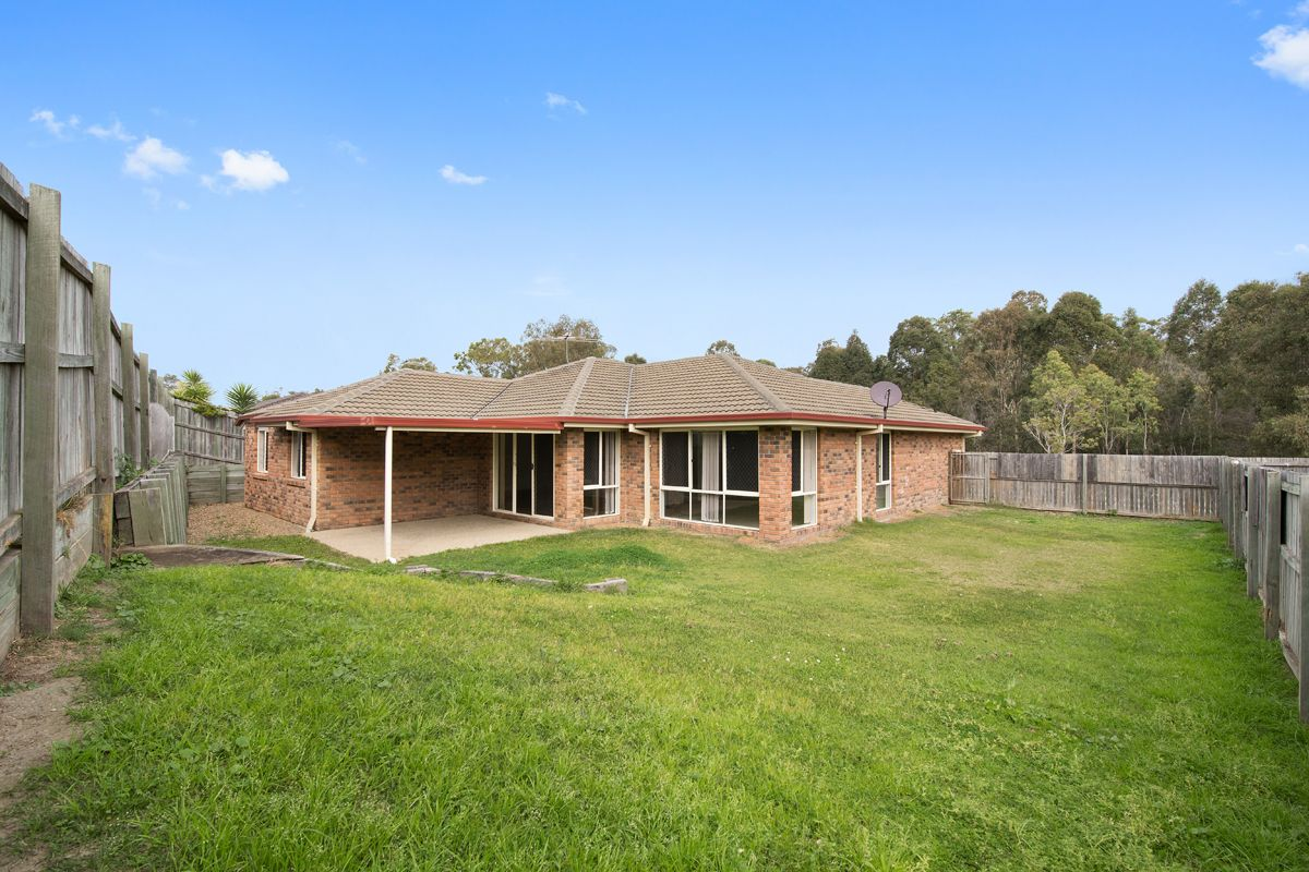 8 Cherokee Place, Heritage Park QLD 4118, Image 0