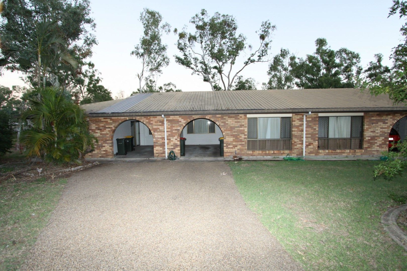 2/7 Snell Street, Koongal QLD 4701, Image 0