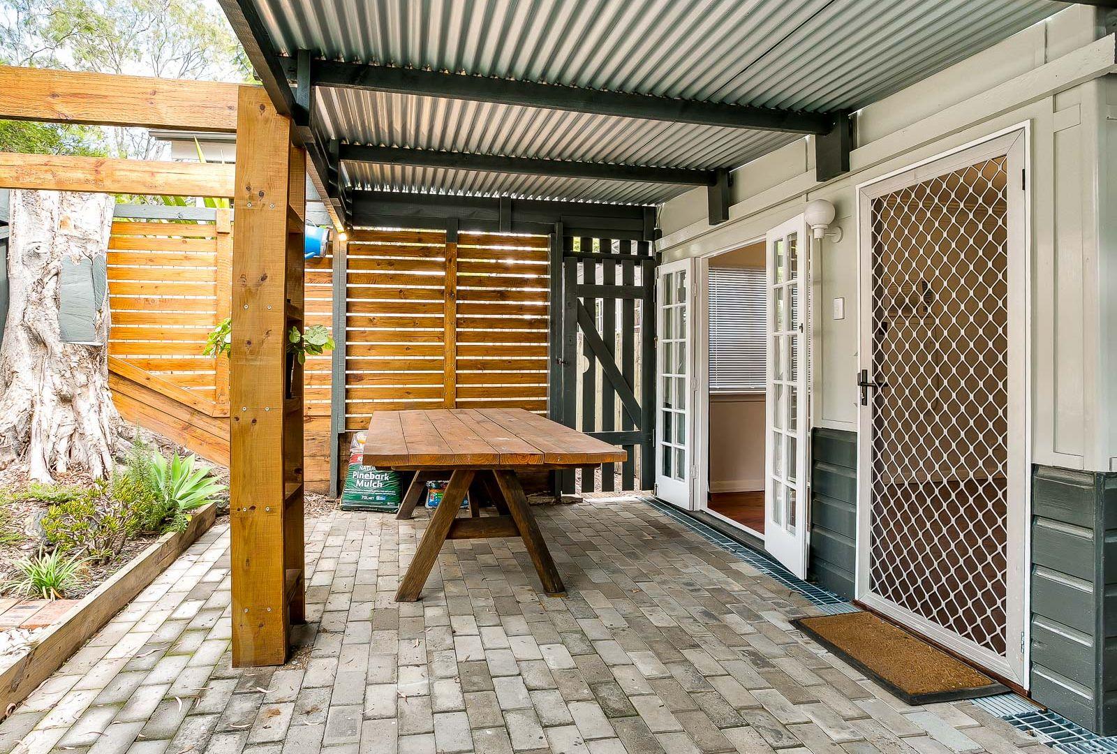 21 Ozanne Street, Paddington QLD 4064, Image 2