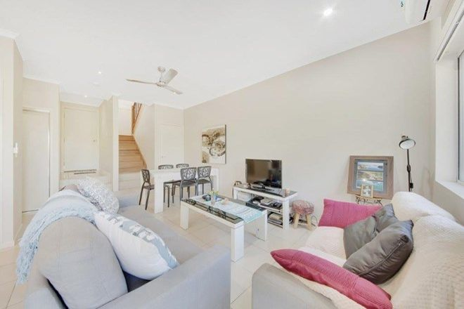Picture of Unit 7/9 Cockatoo Drive, NEW AUCKLAND QLD 4680