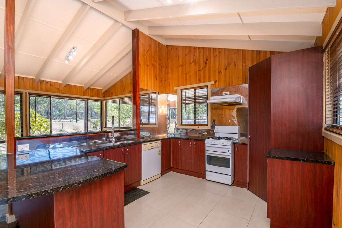 425 Bayles Road, Murchison VIC 3610, Image 2