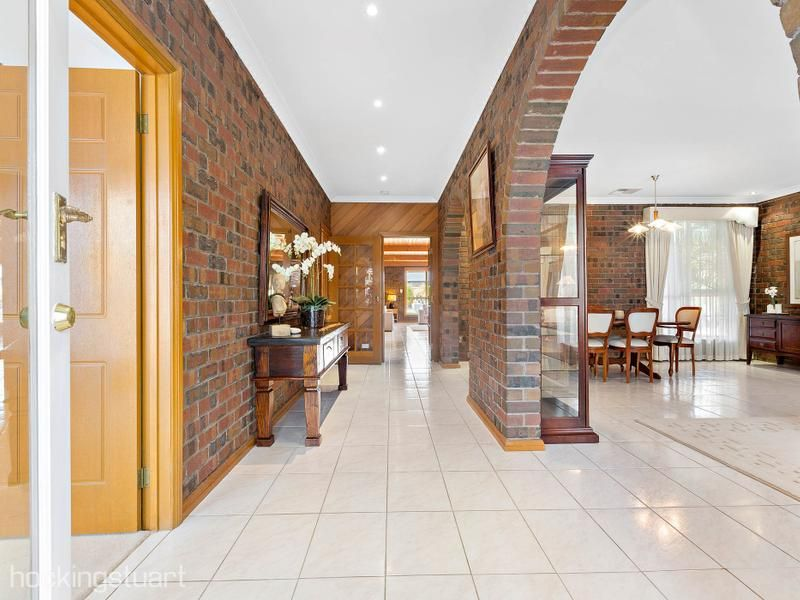 6 Jarman Court, Hoppers Crossing VIC 3029, Image 2