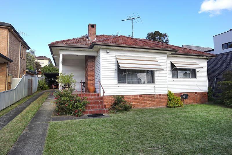 127 Hinemoa St, Panania NSW 2213, Image 0