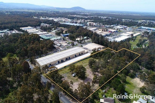 Picture of 13 Oxford Street, SOUTH NOWRA NSW 2541