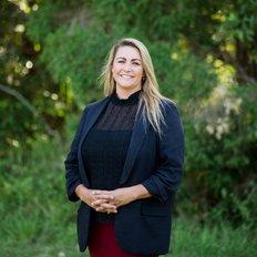 Vanessa Burcul, Property Manager