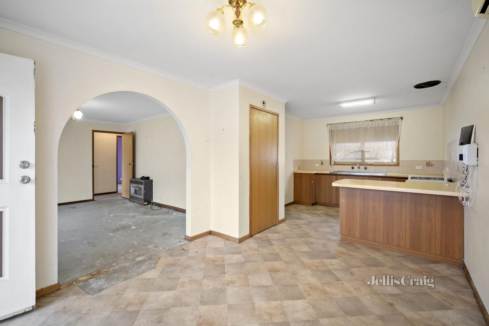 11 Florence Court, Brown Hill VIC 3350, Image 2