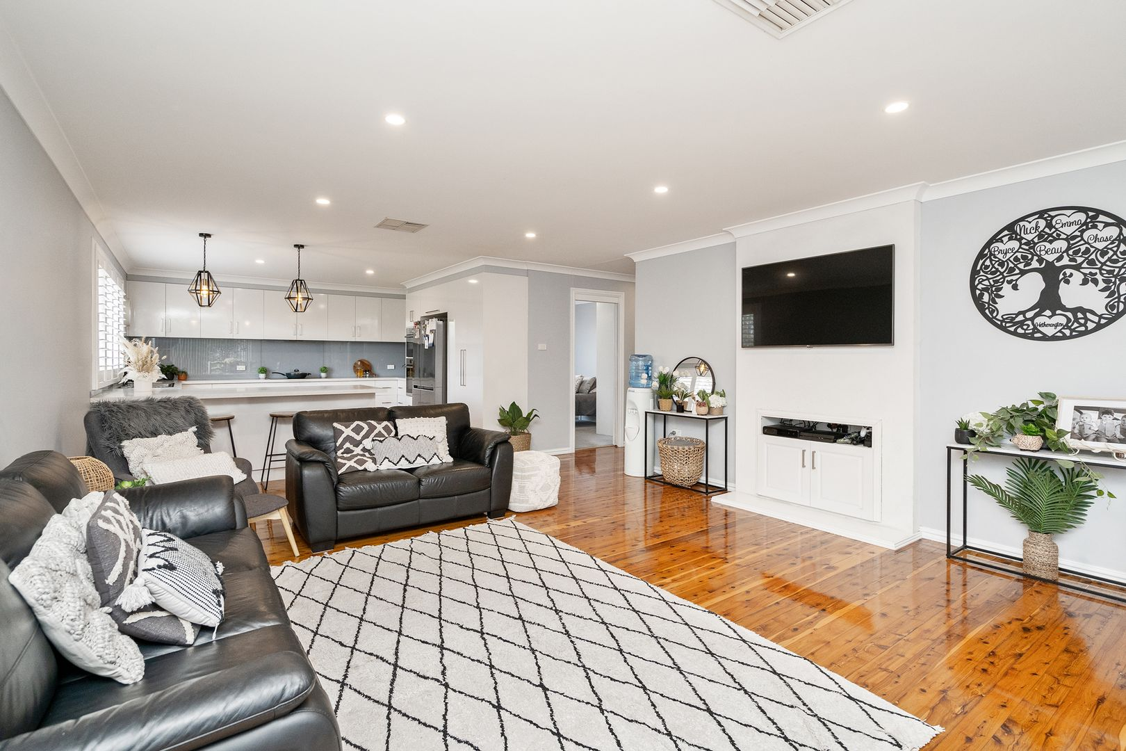 26 Melbourne Street, Narrandera NSW 2700, Image 2