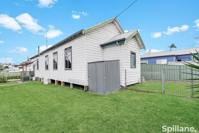 Picture of 8 Lake Avenue, CARDIFF SOUTH NSW 2285