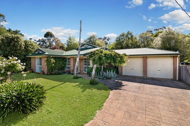 Picture of 40 Washington Lane, WOODEND VIC 3442