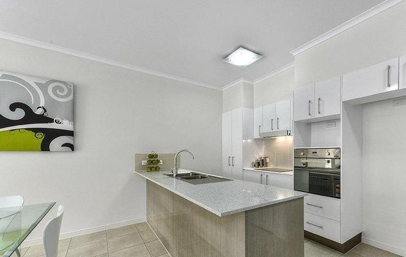 10/16-18 Mitcham Street, Gaythorne QLD 4051, Image 2