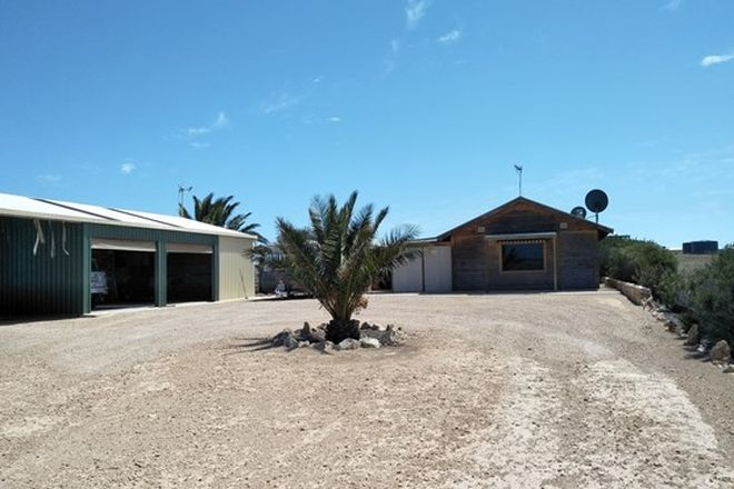 Picture of 27 Seaview Road, PERLUBIE SA 5680