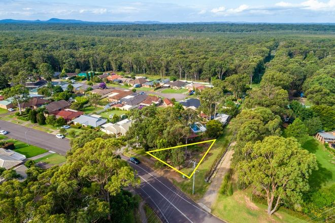 Picture of 2 Coachwood Drive, MEDOWIE NSW 2318