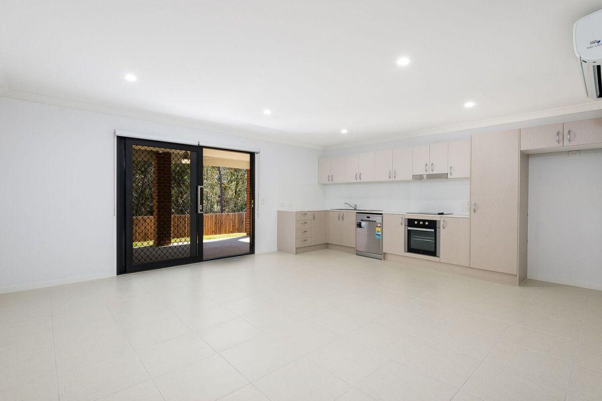 1/17 Ryrie Court, Park Ridge QLD 4125, Image 1