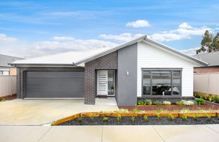 Picture of 97 Ascot Gardens Drive, Delacombe VIC 3356
