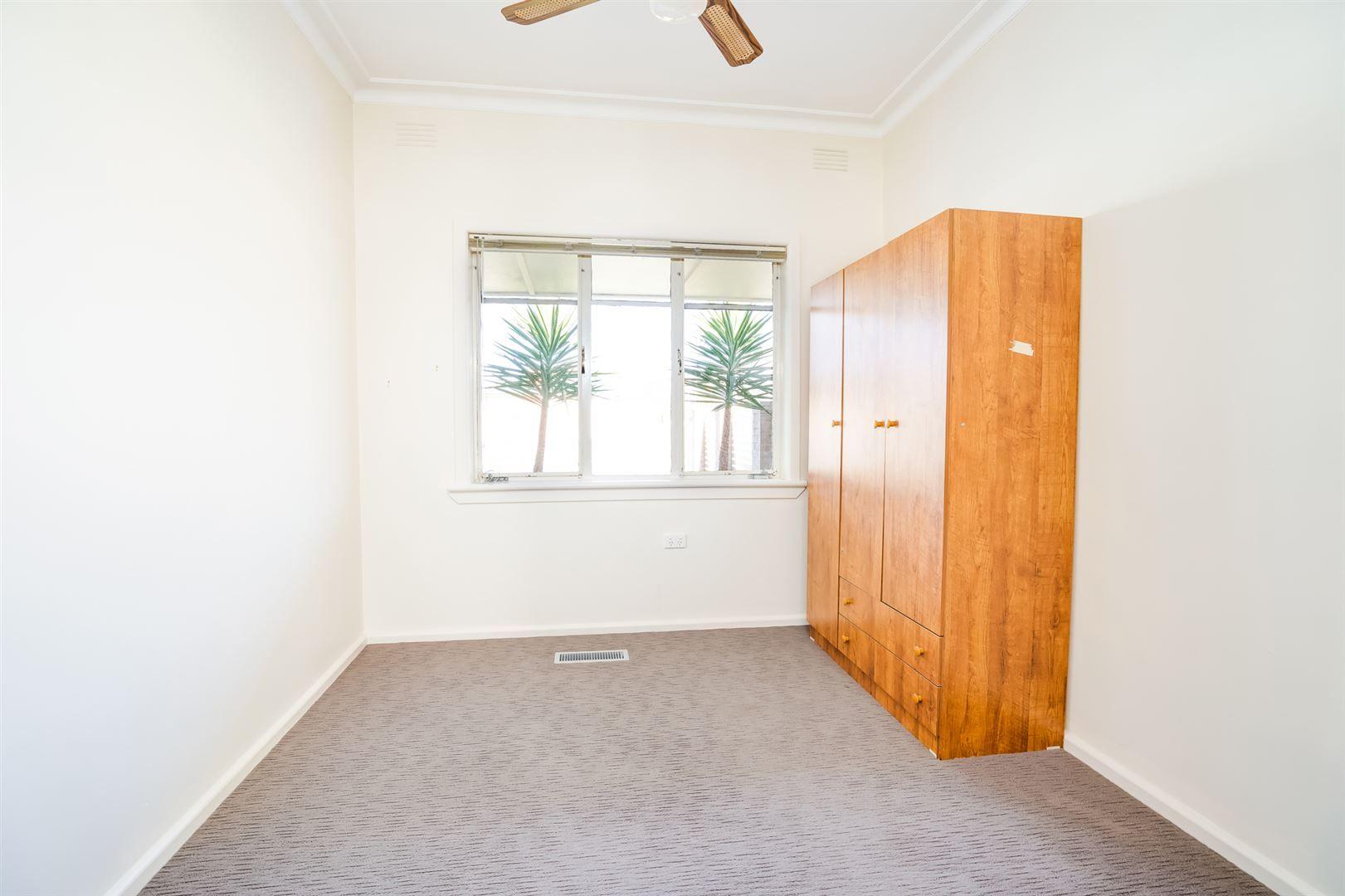 40 Gordon Street, Wodonga VIC 3690, Image 2