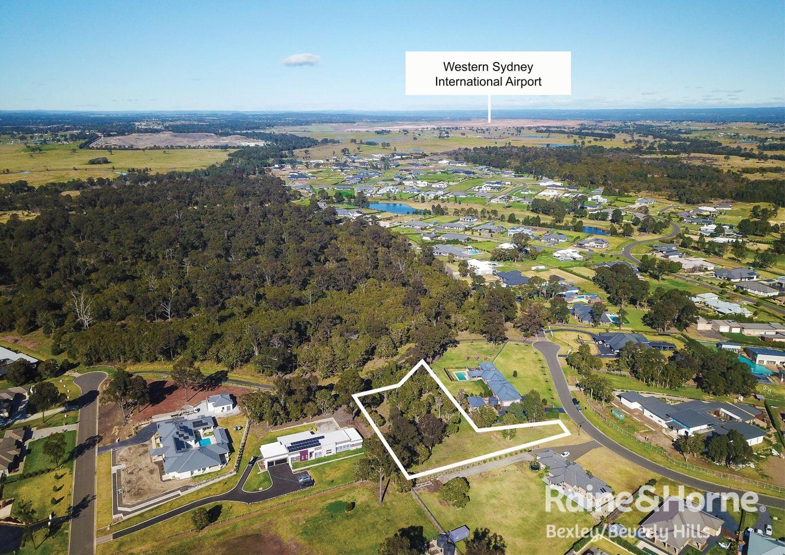 13 Pennard Crescent, Luddenham NSW 2745, Image 2