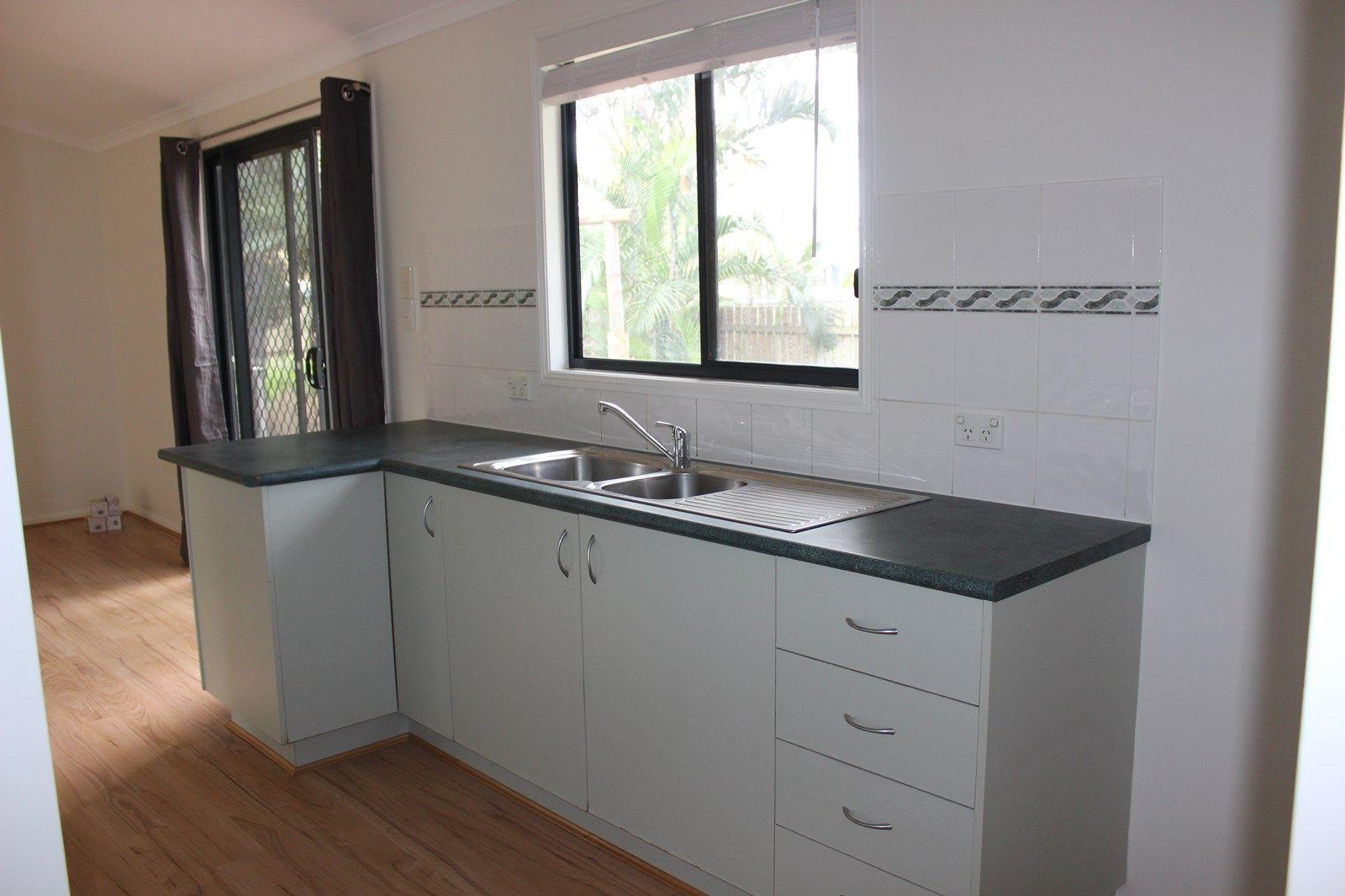 27 Tingara Street, Macleay Island QLD 4184, Image 1