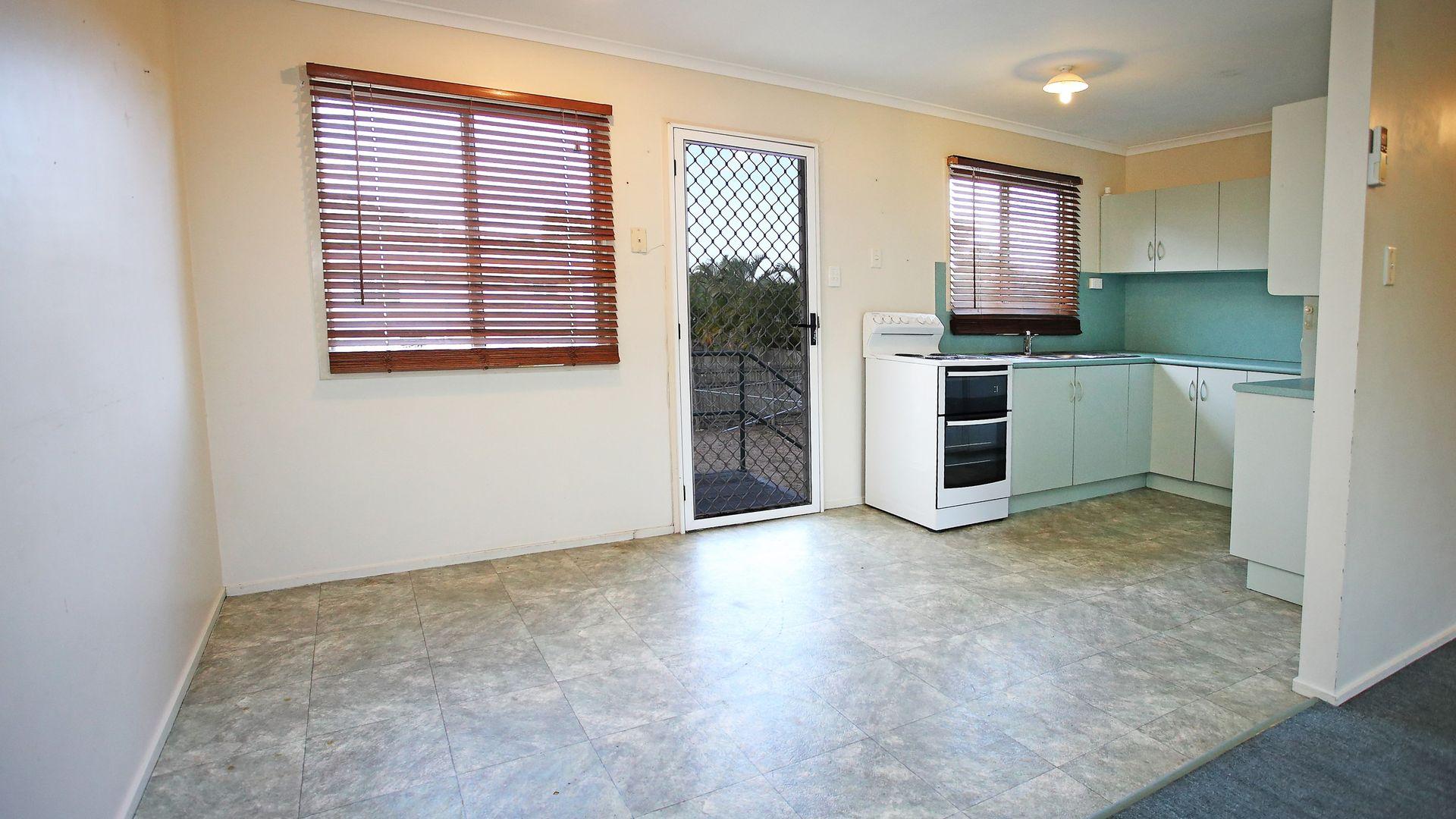 10 Hart Street, Kirwan QLD 4817, Image 1