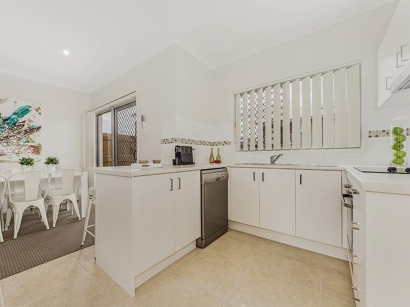 44/45 Blaxland Crescent, Redbank Plains QLD 4301, Image 2