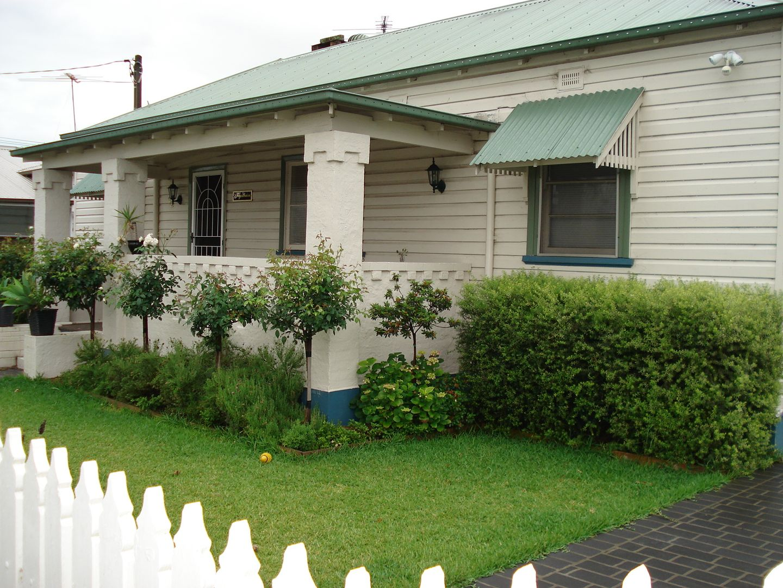 92 Castlereagh Street, Singleton NSW 2330, Image 0