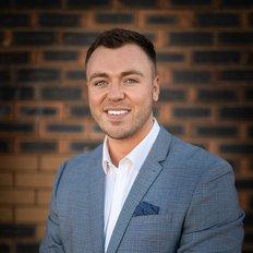 Connor Hewitt, Sales representative