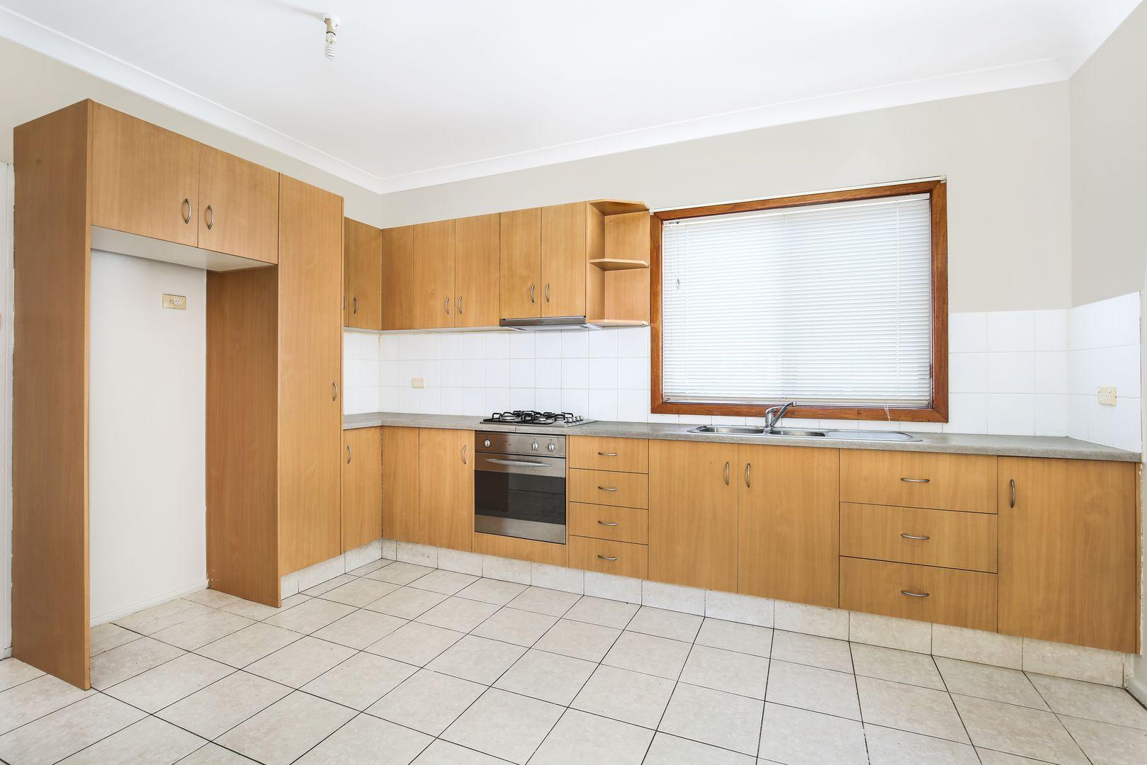 56 Evans Street, Wollongong NSW 2500, Image 2