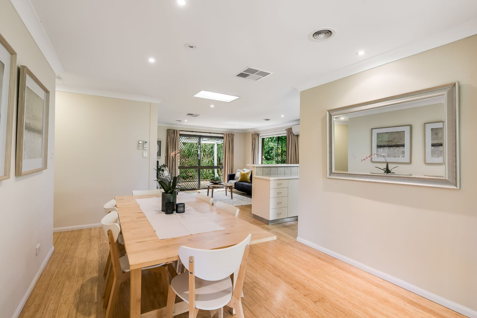 23 Amos Crescent, Mount Lofty QLD 4350, Image 2