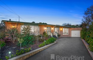 Picture of 9 Bunnett Road, Knoxfield VIC 3180
