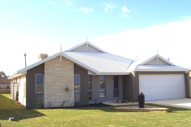 Picture of 20 Arpenteur Turn, MADORA BAY WA 6210