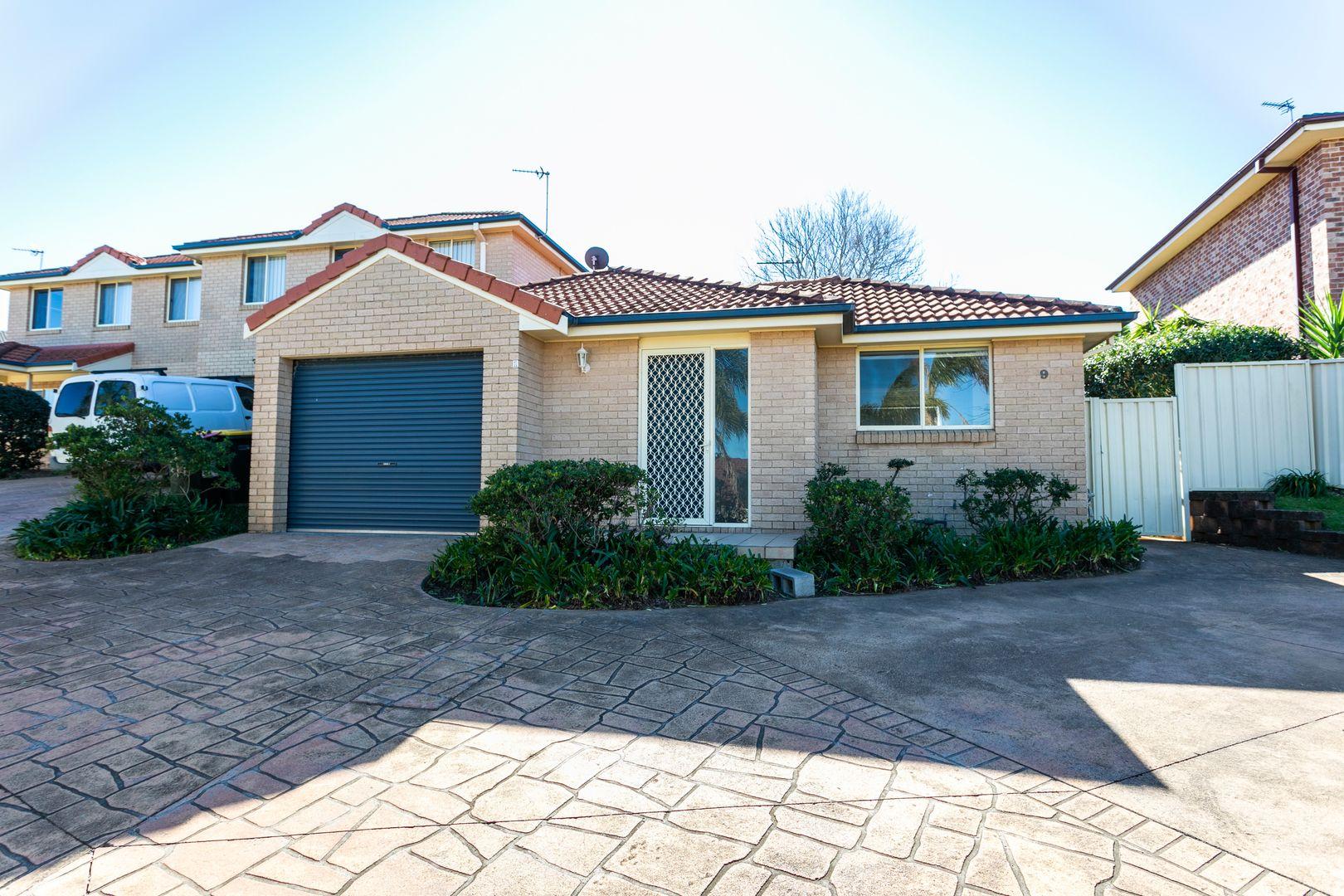 1/9 Burrill Place, Flinders NSW 2529, Image 1