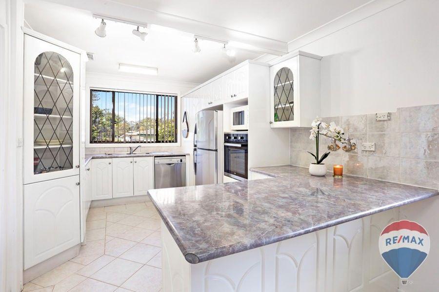 13 LUCENA CRESCENT, Lethbridge Park NSW 2770, Image 0