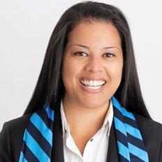 Sandra Nascimento, Sales representative