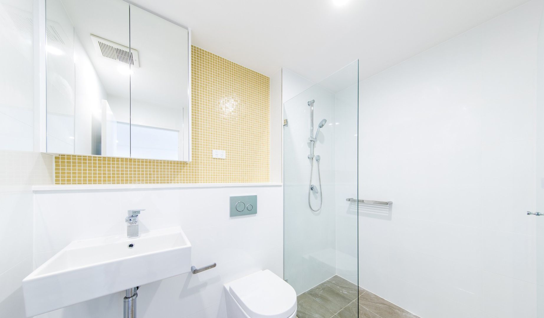 605/23 Pacific Parade, Dee Why NSW 2099, Image 2
