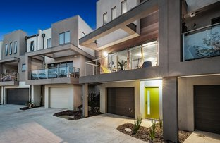 Picture of 8 Recess Concourse, Mooroolbark VIC 3138