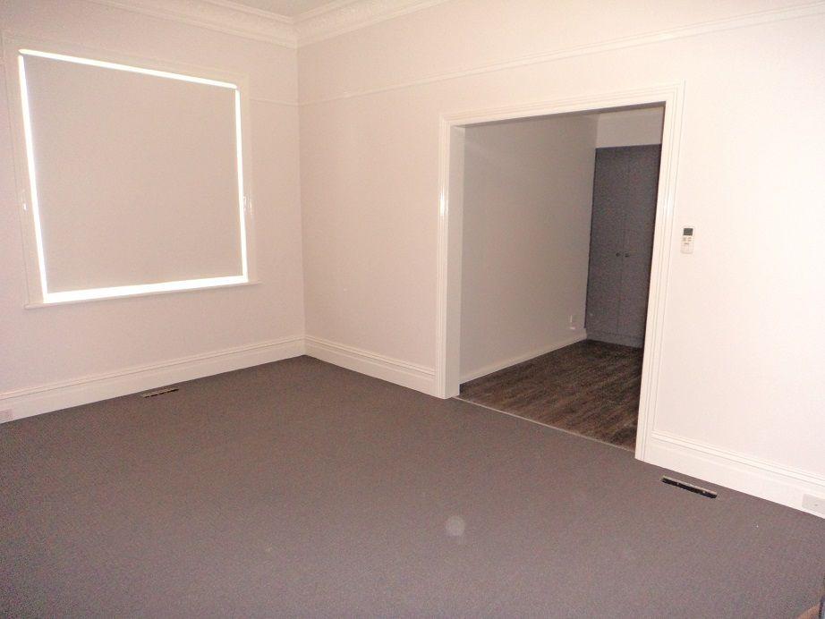 116 Addison Street, Goulburn NSW 2580, Image 2