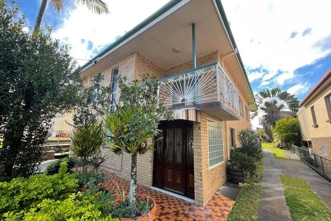 Picture of 38 Grantson Street, WINDSOR QLD 4030