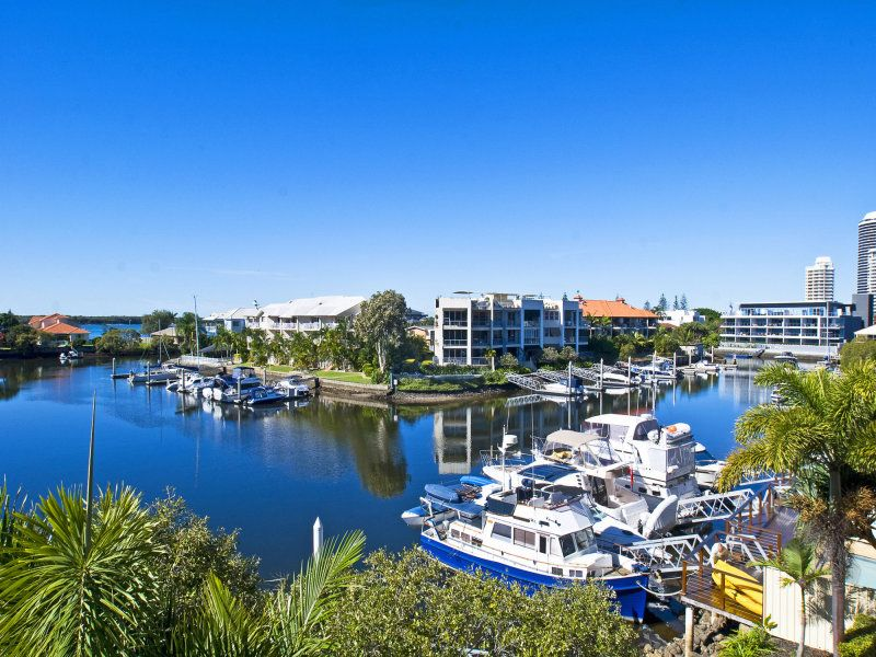 15/89 Bayview Street, Runaway Bay QLD 4216, Image 0