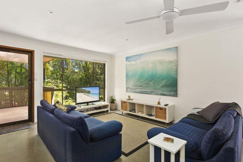 2/27 Hillcrest Avenue, Tugun QLD 4224, Image 1