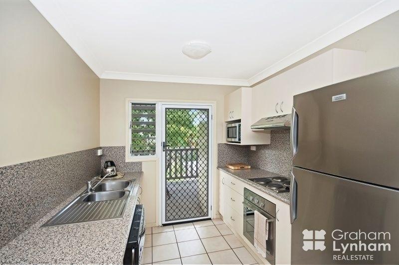 4/42 Cook Street, North Ward QLD 4810, Image 2