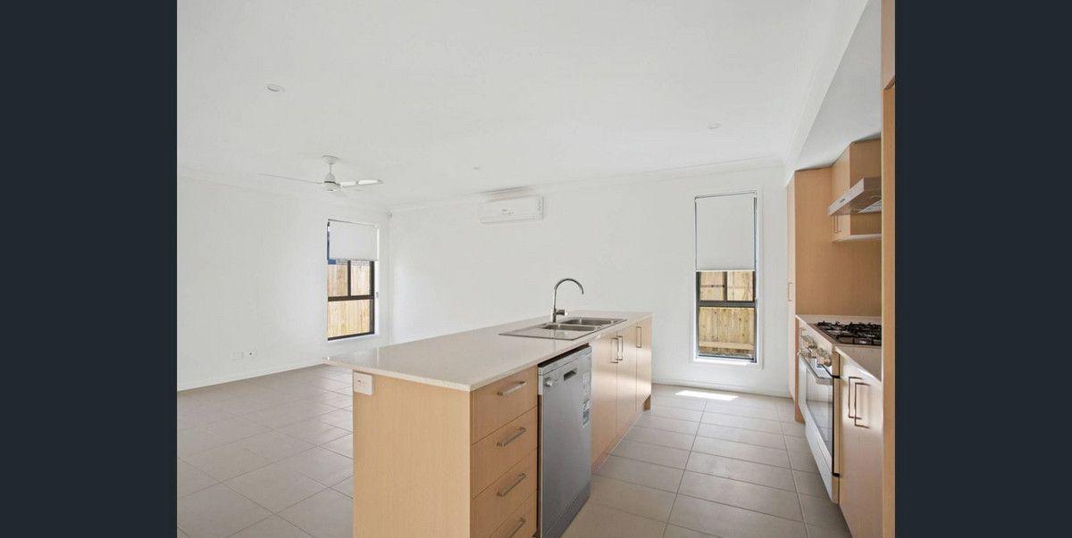 27 Buccaneer Street, Newport QLD 4020, Image 0