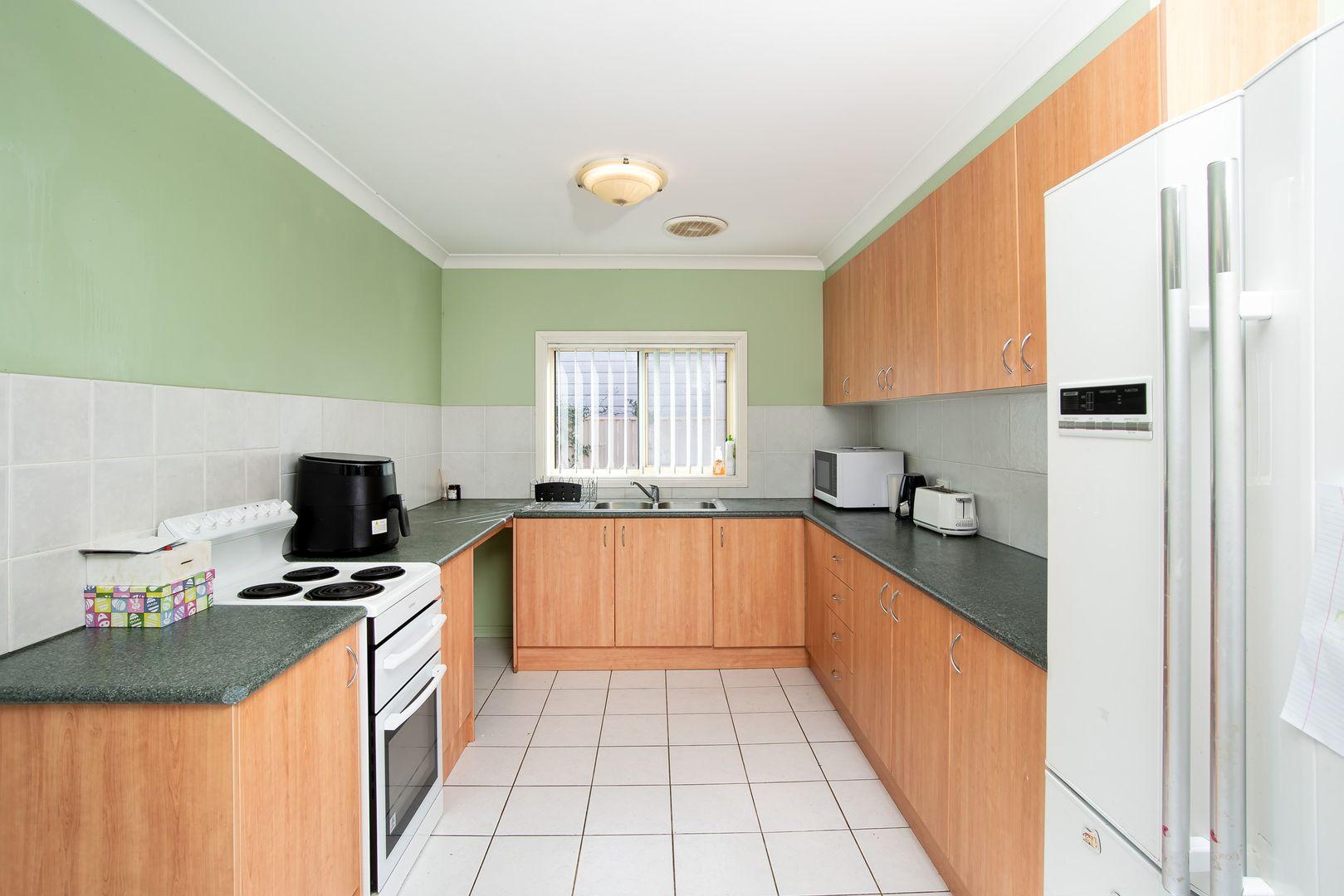 174 DeBoos Street, Temora NSW 2666, Image 1