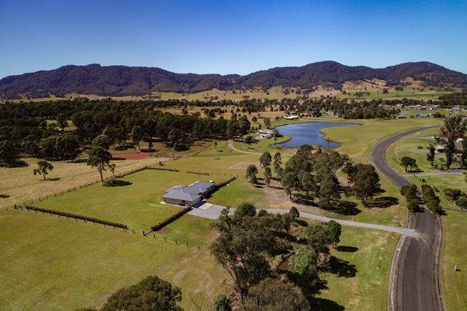 Picture of 23 Moonlight Cct, GLOUCESTER NSW 2422