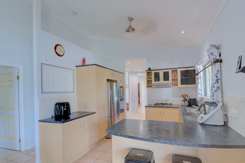 3 Seabreeze Court, Freshwater Point QLD 4737, Image 2