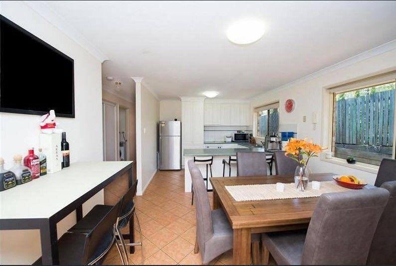 12/27 Gladstone Street, Newtown QLD 4350, Image 2