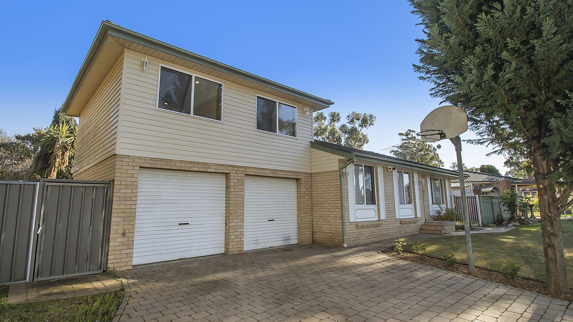 5 Hyacinth Avenue, Macquarie Fields NSW 2564, Image 1