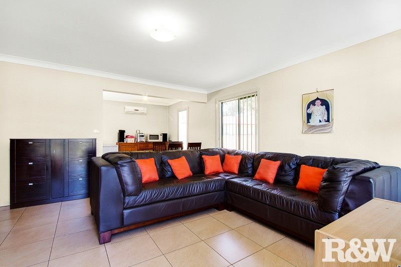 5 Aitape Crescent, Whalan NSW 2770, Image 1